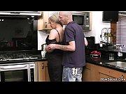 Жена мстит мужу с толпой порно