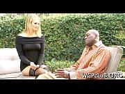 Порно оргие в клубе видео чеченка