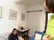 Порно видео огромный член рвет узкую щель