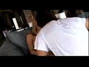 Видеоролики у девушек под юбкой на корточках