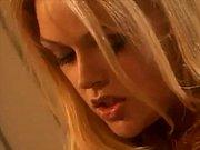 порно звезда из фильма пираньи
