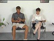 Порно видео руссую девушку в белых чулках раком на столе
