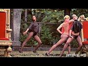 Burlesque naced show T01 1