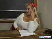 Русское порно жена с любовником заставляет мужа лизать