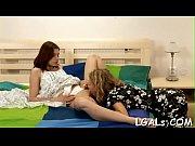Порно видео зрелые волосатые дамы в трусах и лифчке