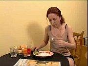 Смотреть работу видео официантка