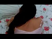 Семейный секс в постели онлайн