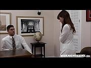 порно видео русская сестра застукала брата дрочера