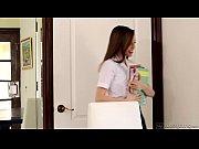 Девственница пришла к гинекологу видео
