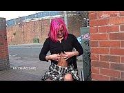 Девушки сосут у стриптизеров в клубе видео
