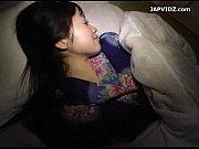 旅行に来た友人の浴衣を寝ている隙に脱がしていたずら開始。。