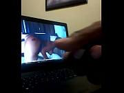 Мамаша отсасывает у сыночка смотреть онлайн в хорошем качестве