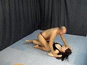 Русская актриса любит трахаться в попу, поэтому снялась в анальном порно