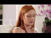 Онлайн видео девушка дрочит парню