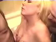 Порно ролики первая брачная ночь