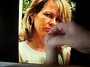 Красивая девушка в колготках курит сигарету видео