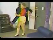 Порно старые женщины с молодыми пацанами