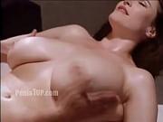 Порно видео мастурбацыя под столом