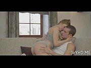 Порно ролики лысый дед лижет писю писающей бабке