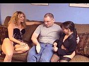 Женатою девушку взял силой брат мужа порно
