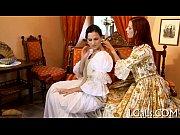 Видео женщин в чулках с поясом