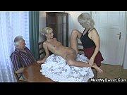 Порно инцест мать и дочка и парень