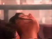 Порно видео таксист имеет телку в анал у тачки