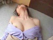 Нарезка камшотов женскими руками