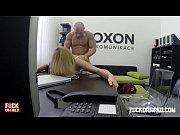 Порно онлай дед сосёт женскую грудь