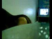 Скрытая камера видео как девушка хаварачивает сиськи в лифчик