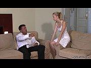 Французское порно видео показывает полнометражный порно фильм как анита блонд обслуживает клиентов в борделе