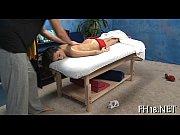 Русская лезбиянка делаеть масаж