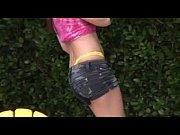 Порно видео женщин волосатых у которых из пизды вытекает белая жидкость