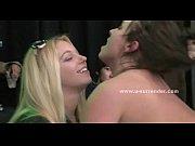 Негр помог блондинке порно