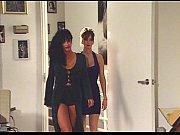 Порно подругу ебут в соседней комнате