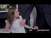 Латинка порно в белом платье