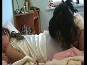Парень трахнул свою мать в душе