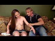 Порно в шелковом халате блондинка