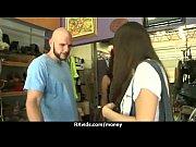 Смотреть видео влагалище девственницы