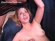 Извращеное порно видео мужик лижит писю стаой бабы