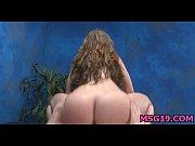 Порно видео с мамой в ваной когда она была голой