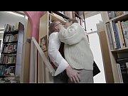 Порно видео с вагинальными бусами размером с бейсбольный мяч