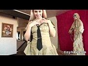 Молодые любовники снимают свою еблю на видео в различных местах