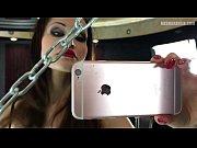 Смотреть порно ролики маструбация девушек снятая на скритую камеру