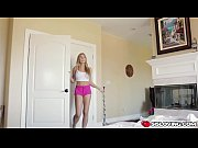 голые гимнастки в спортзале онлайн