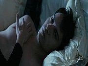 Порно маму накормила сына спермой