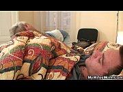 Порно видео брата и сестры под душем