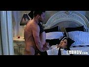 Порно видео как сын ебет спящую молодую мать ночью