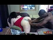 Порно она сосет у него а себе мастурбирует