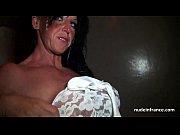 Развратная мама сооблазняет сына видео